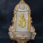 30B - Acquasantiera in ceramica Sacra Famiglia