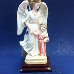 61 - Angelo con Bambina in polvere di marmo e base di legno