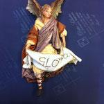 40 - Angelo Gloria della scultrice Angela Tripi in terracotta e vestiti veri