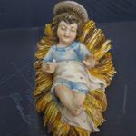 27 R - Bambinello con culla in porcellana Capodimonte