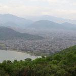 Lac Phewa Tal et la ville Pokhara