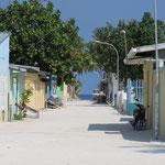 Maafushi island, la largeur de l'île