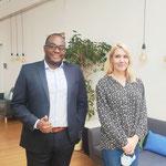 28/06/2021: Abel Boyi a  été reçu à  l'APE, l'Association de la Presse Étrangère à  Paris pour une interview sur FR-Tous uniques,tous unis. Ici avec la journaliste suédoise, madame Emma Sofia Dedorson.