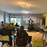 """19/05/21: Module """"Savoir Faire - Faire savoir"""" avec Stéphane Tiki dans les locaux de """"Femmes sans frontière"""" à Creil"""