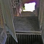 Blick ins leere Wasserradhaus