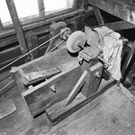 Schleif- und Poliervorrichtung im Obergeschoss (4.2.78)