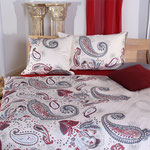 Paisley rot, erhältlich bis Grösse 160x210cm