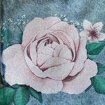 roos op jasje in detail