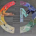 Bodenmosaik mit Logo