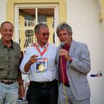 """der Sieger Karl Sacherer und """"Oberschiedsrichter"""" GV Manfred Sacherer"""