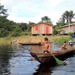 im Dorf Padago