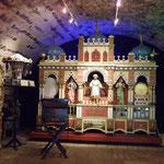...und wir besuchen Siegfrieds mechanisches Musikkabinett.