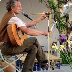 Sonnenkonzert mit Peter Weisböck Gitarre