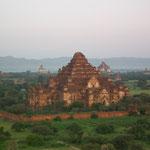 und Fahrt über Bagan