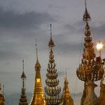 Swedagon bei Tag