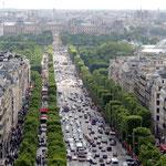Vom Arce de Triomphe auf die Champs Elysees