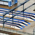 北陸新幹線基地の車両水没