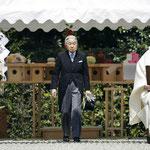 昭和天皇陵に参拝 退位報告