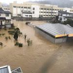 水没する街の光景、これからが大変