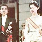初々しい皇太子殿下と美智子様の挙式