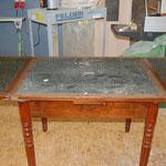 Vorher - Tisch aus dem 19. Jh. im Originalzustand