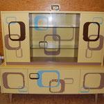 Möbel aus den 60iger Jahren umgestaltet im Retro-Stil