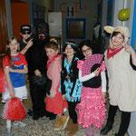 Beim Kostümwettbewerb hatten gewonnen: 1.Platz Jasmin als Cheerleader ; 2.Platz Timo als SWAT ; 3.Platz Sebastian als Gorilla