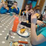 Ortskulturring-Oeversee, Backen mit Bianca, Cheeseburgerkuchen, HUMMM lecker
