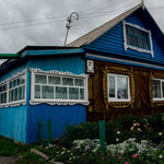 ..und wieder ein typisches sibirisches Haus..Nicky liebt diese Häuser