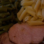 Yummiee..Schinken und Bohnen..Essen fast wie in der Schweiz!!:-)