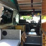 Schrank Ausgebaut um Platz zu schaffen für Reparatur der Standheizung