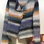 Jacke aus einem Seiden-Woll-Gemisch von der Firma Noro, auch für Anfänger geeignet