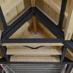 Ingenieurtechnische Verbindungen der Pfetten zum Stahlgebinde