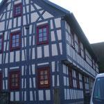 Oberkrossen: Fachwerkfassade, komplette Fachwerksanierung und Dacheindeckung