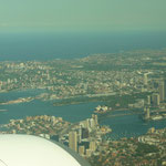 Zmazing views of the opera house and harbour bridge on the stopover in Sydney