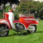 1961er KTM Ponny De Luxe DL 1: Erster Roller der Fa. KTM. Auf diesem Modell beruhen auch die Roller der Firmen Rabeneick, Gritzner und Hercules.