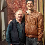 Aug.2013 : Darwin with Tony Zois in Melbourne while on tour