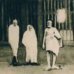 Photo shows Upasni with Mahatma Gandhi