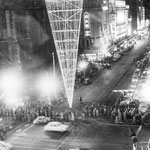 1956-Ahead of the Olympic Games opening in Melbourne , a giant torch was placed outside Flinders St.