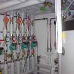 Pelletsanlage mit Optima 500 Frischwasserspeicher und CPC 45 Röhrenkollektoren