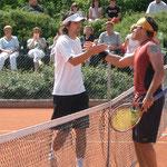 Die Finalisten Julio Peralta (l.) und Mariano Delfino nach dem Endspiel