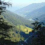 Der Ausgangspunkt im Tal ist schon ein Stück weit nach unten gerückt