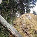 Hier näheren wir uns schon dem Grat hin zum Gipfel