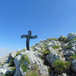 Kleines Kreuz neben dem Gipfelkreuz