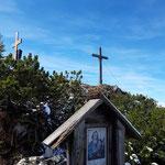 Marterl, (Gedenk-)kreuz und Gipfelkreuz
