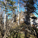 Der Weg zur Hohen Mauer ist durch viele Felsformationen geprägt