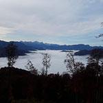Der Blick zurück über das Nebelmeer lohnt sich immer wieder