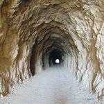 Durch die Tunnel
