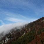 """Wie ein Wasserfall """"floss"""" der Nebel über das Dürre Eck"""