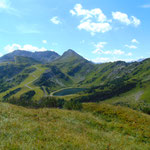 Markant im Blick: Der Schwarzkopf (dahinter die Steinfeldspitze)